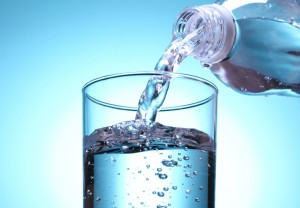 ペットボトルの水を保管するには