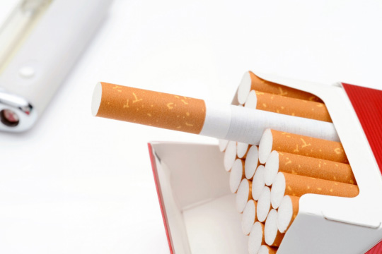 健康のためにやめるべき3つの悪習慣とは